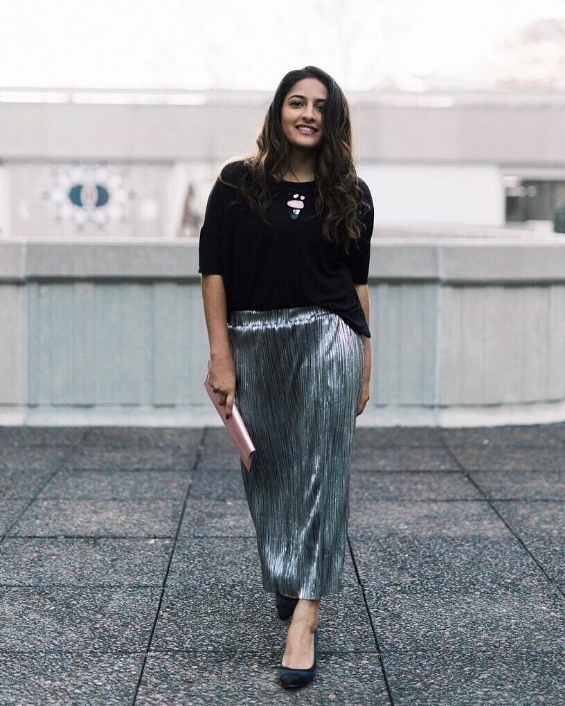 Pleated Skirt Style Blogger.jpeg