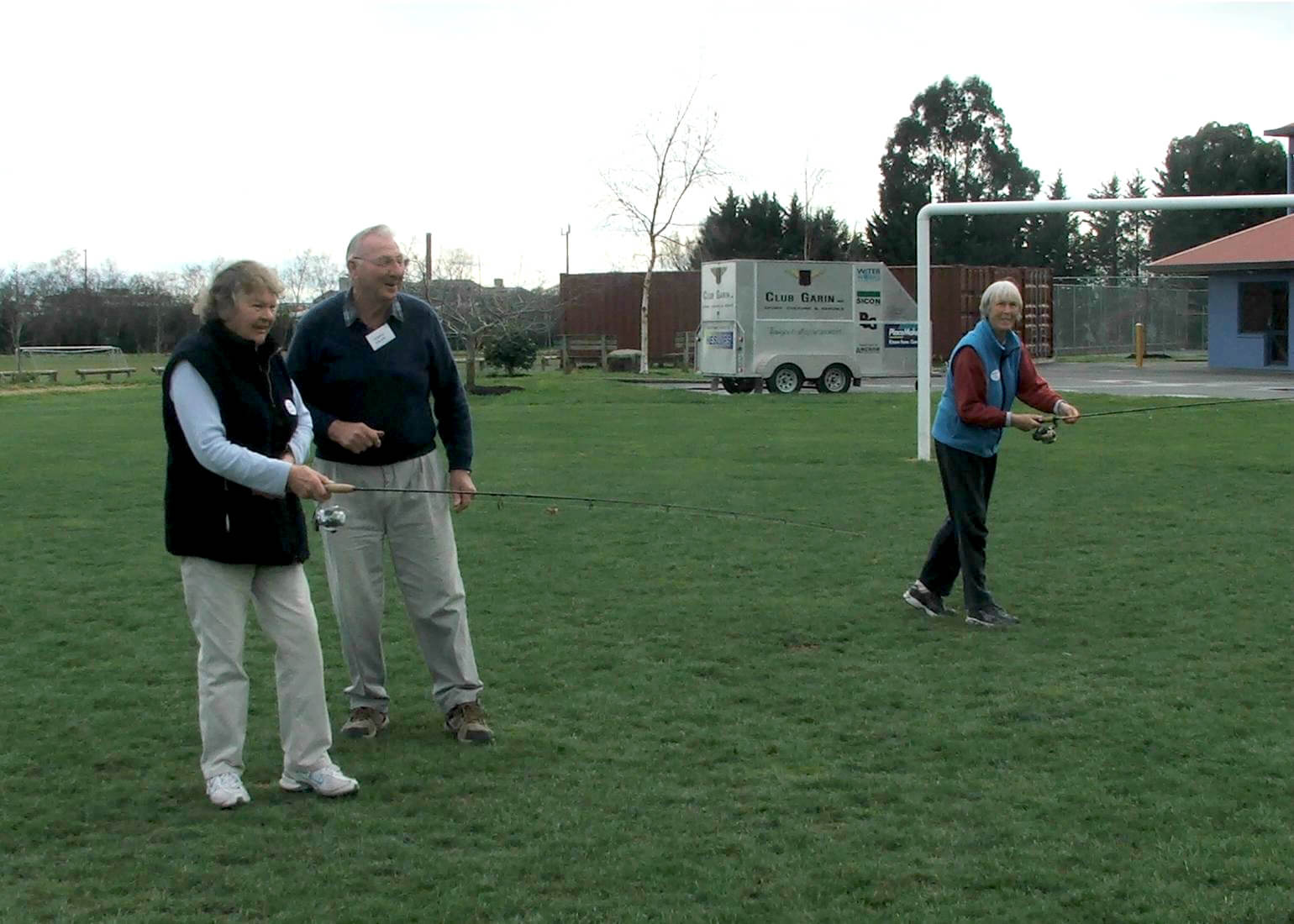Dennis Ealam giving instruction to our new lady members Judy Price and Lee Owen.JPG