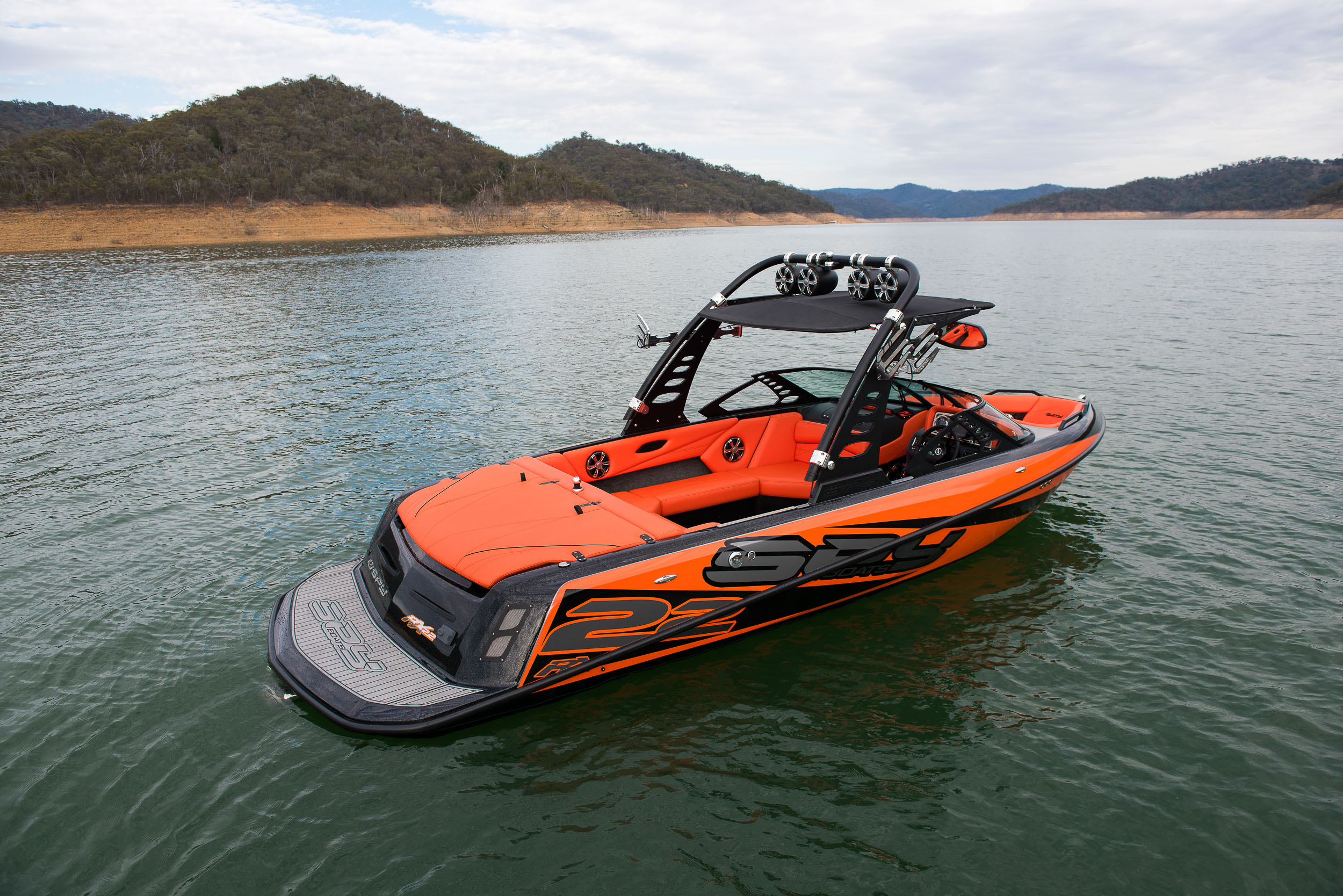 Spy_Boats_RX22-13.jpg