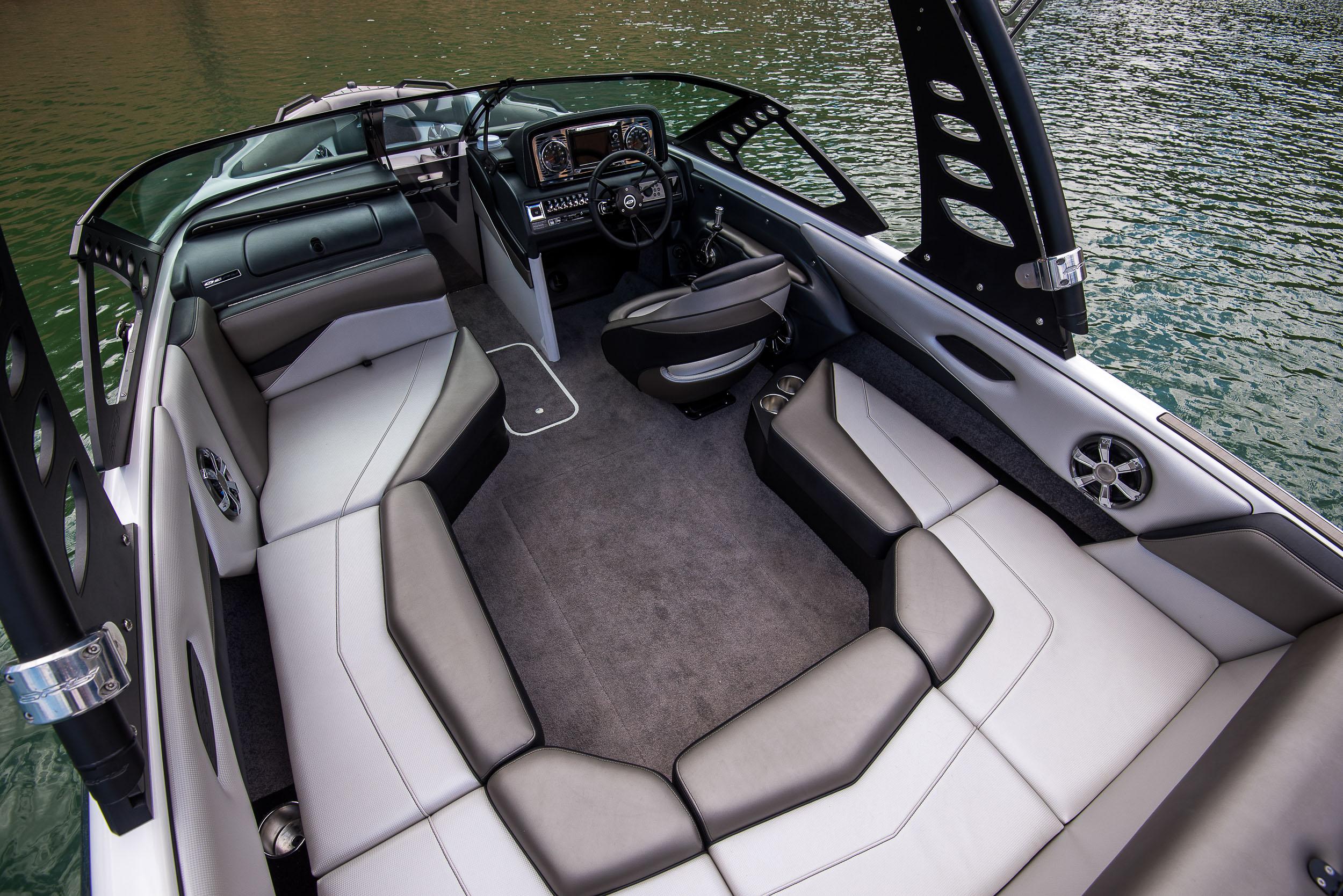 Spy_Boats_RX22-29.jpg