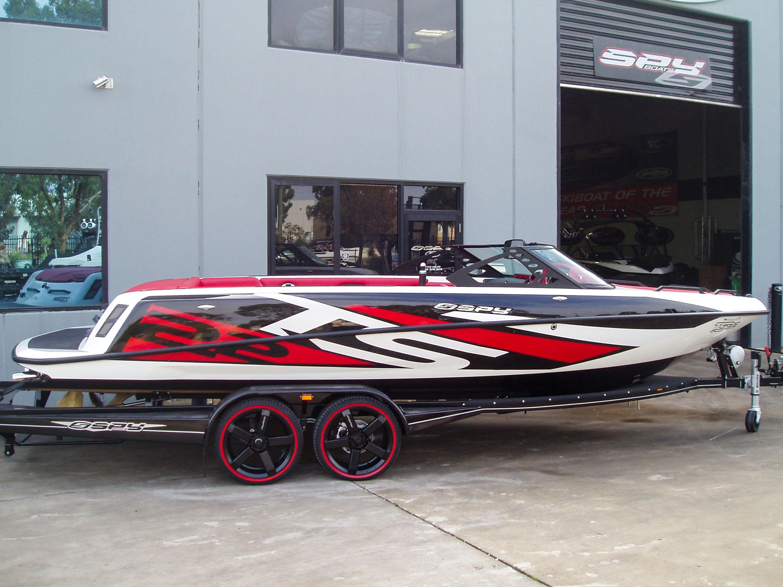 Spy_Boats_TS22-3.jpg