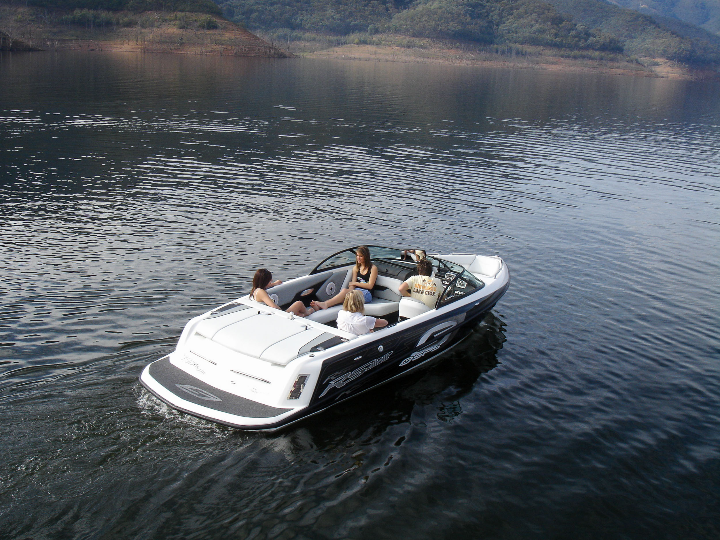 Spy_Boats_RS22-4.jpg