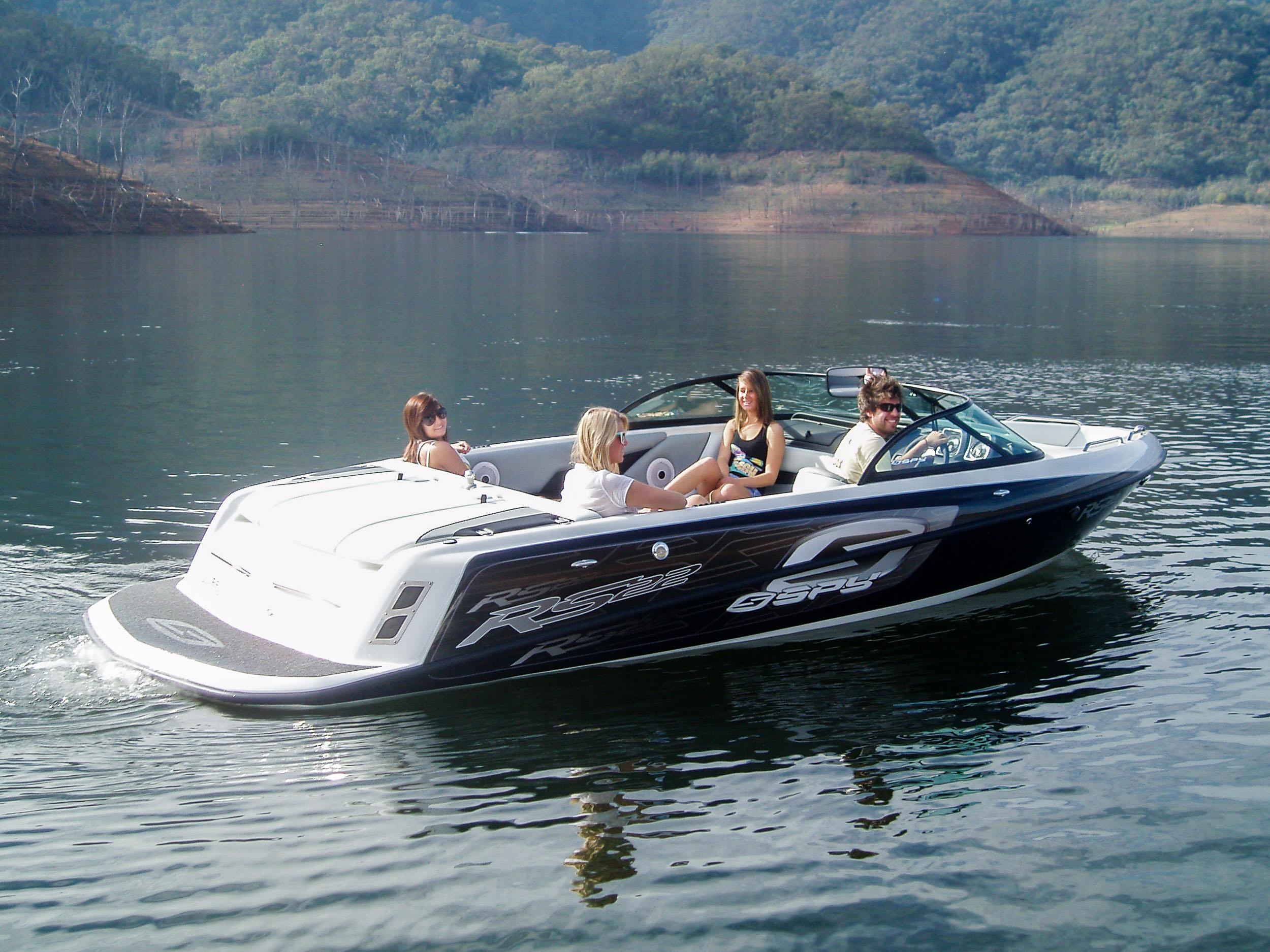Spy_Boats_RS22-5.jpg