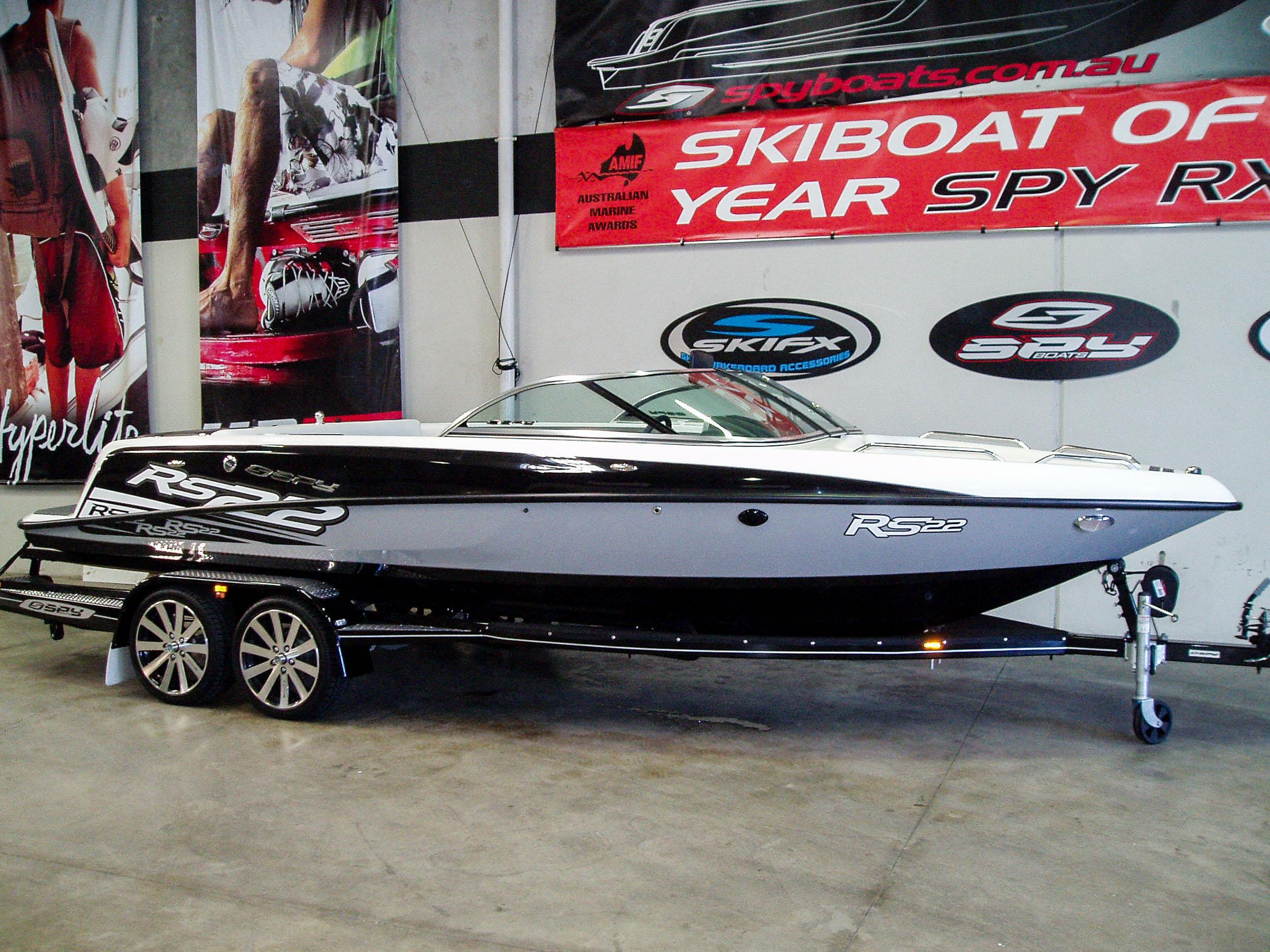 Spy_Boats_RS22-23.jpg