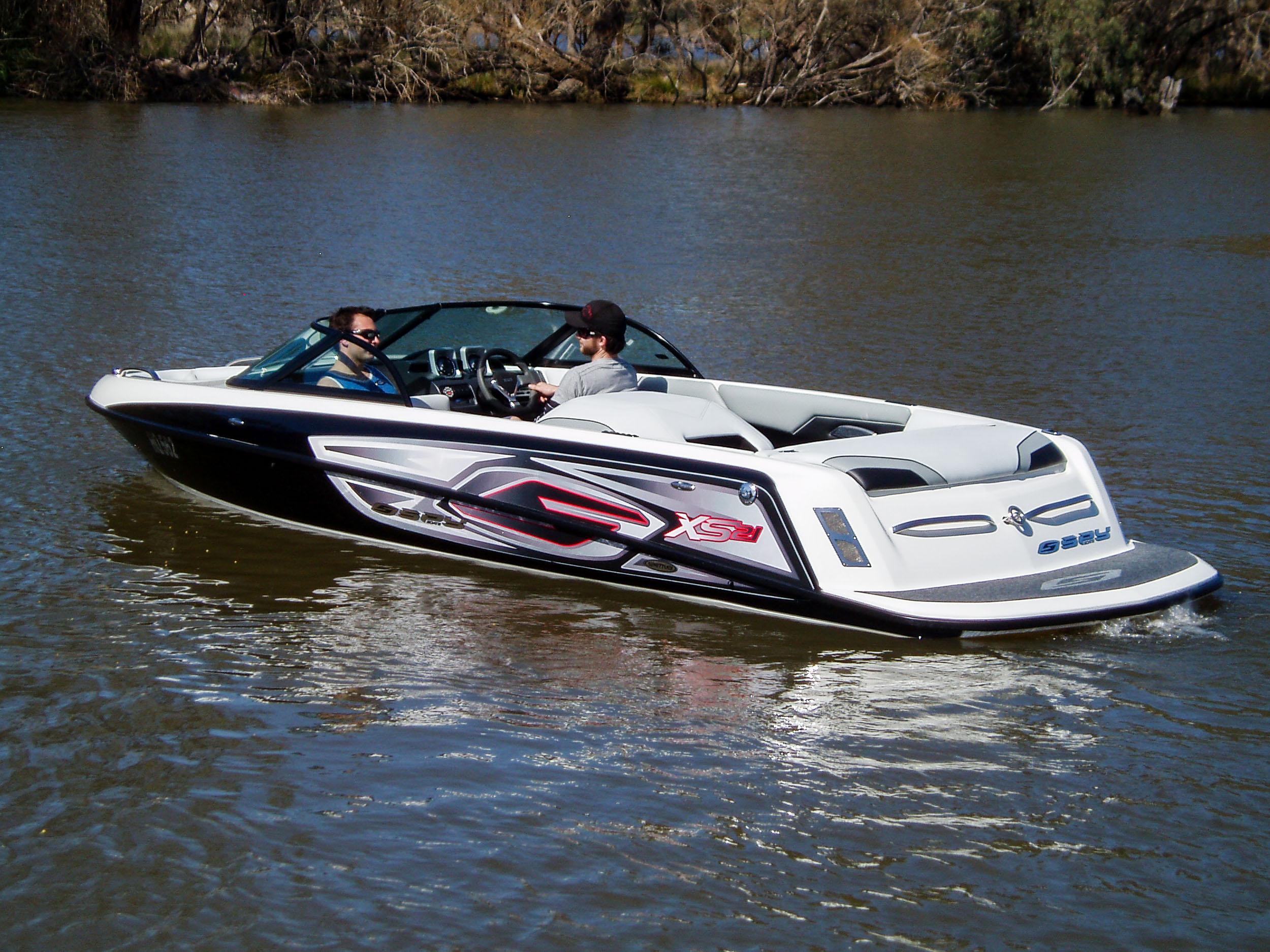 Spy_Boats_TS21-1.jpg