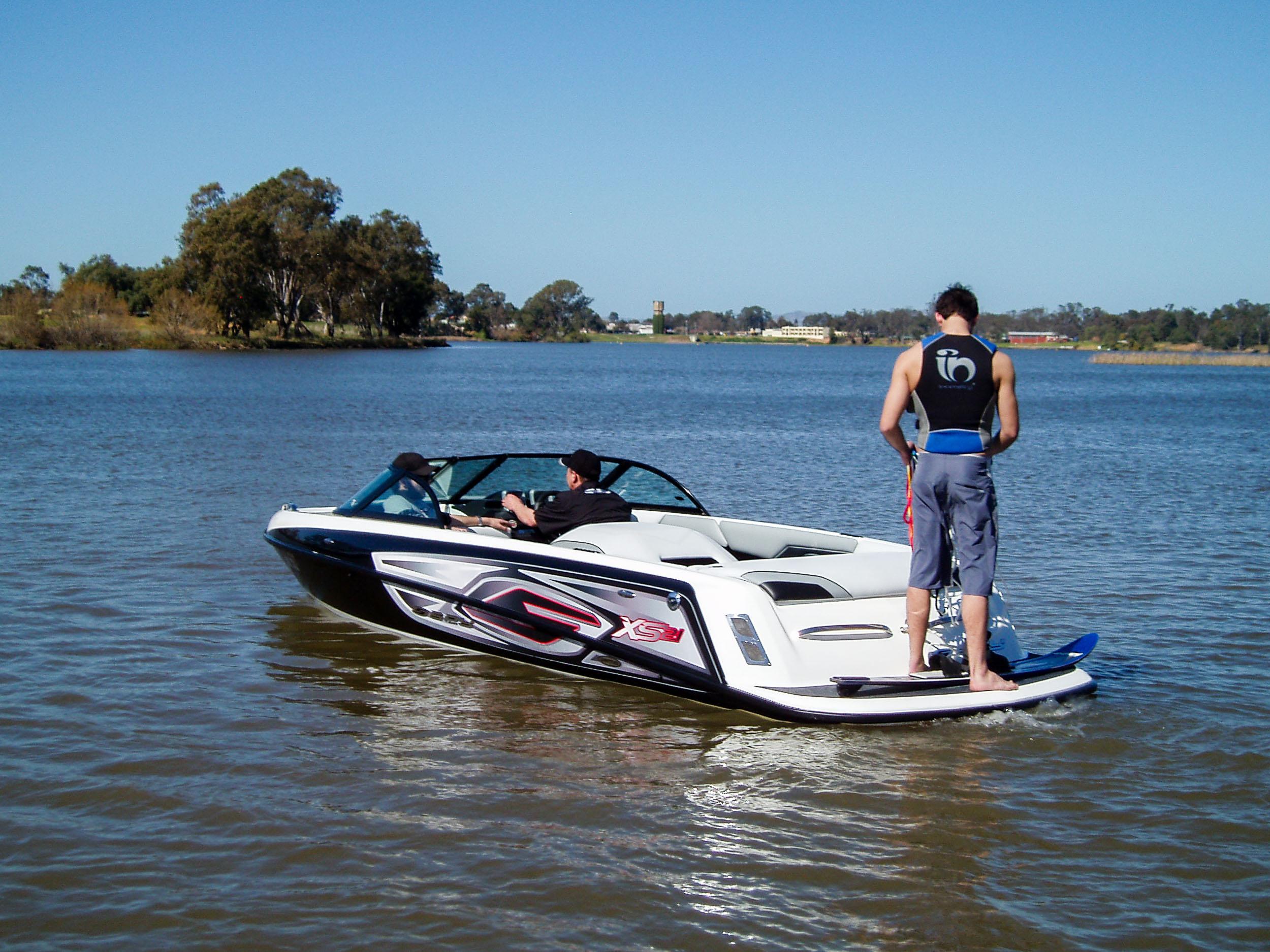 Spy_Boats_TS21-4.jpg