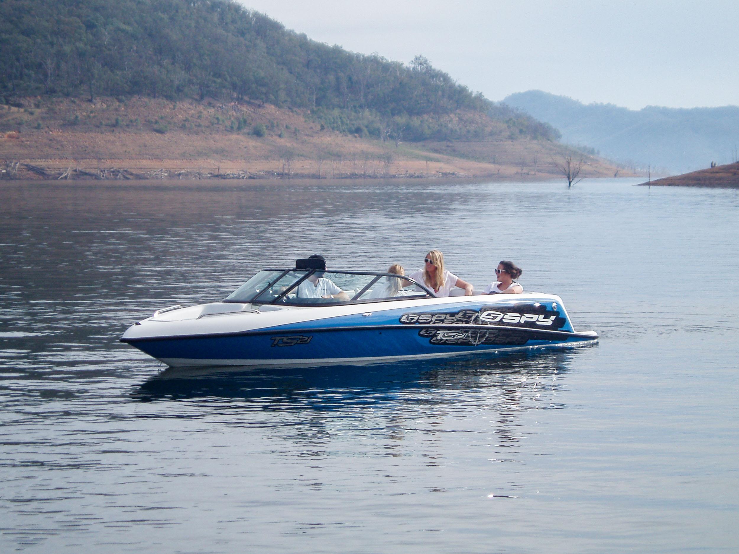 Spy_Boats_TS21-22.jpg