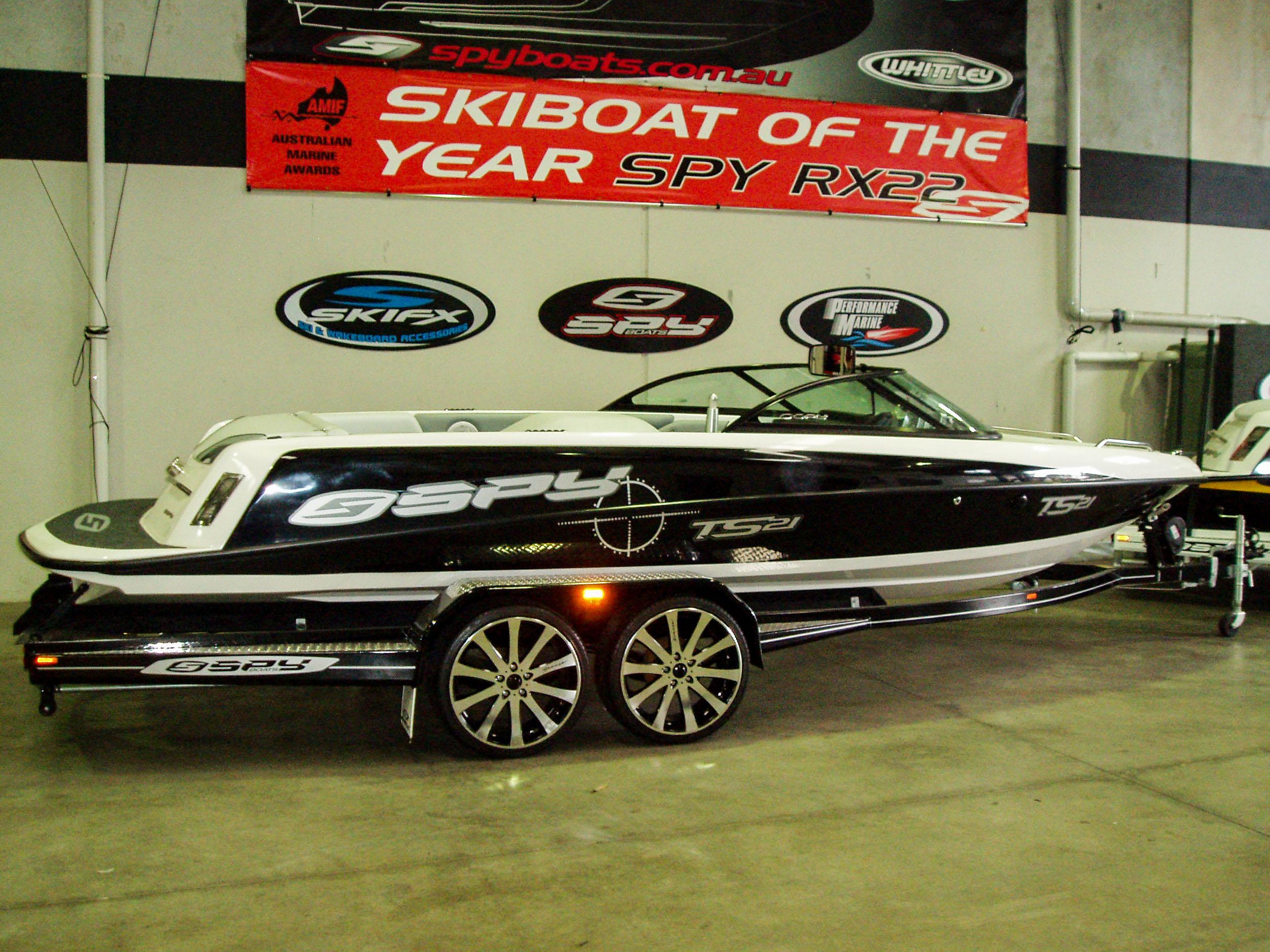 Spy_Boats_TS21-32.jpg