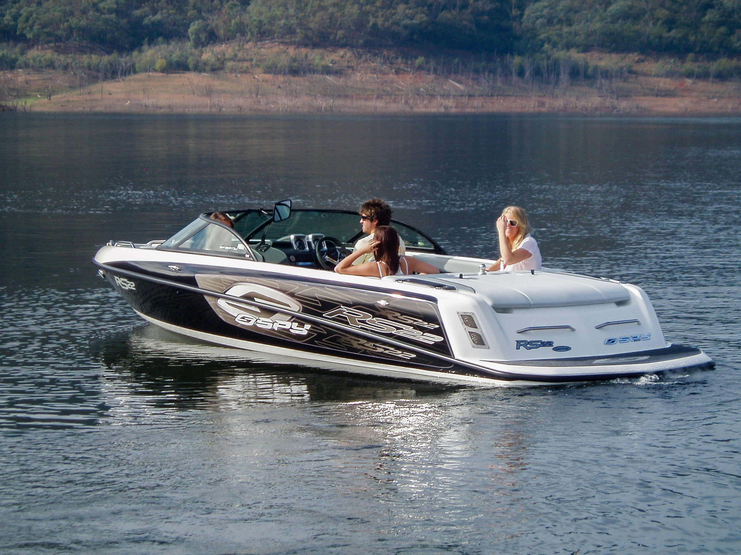 Spy_Boats_RS22-7.jpg