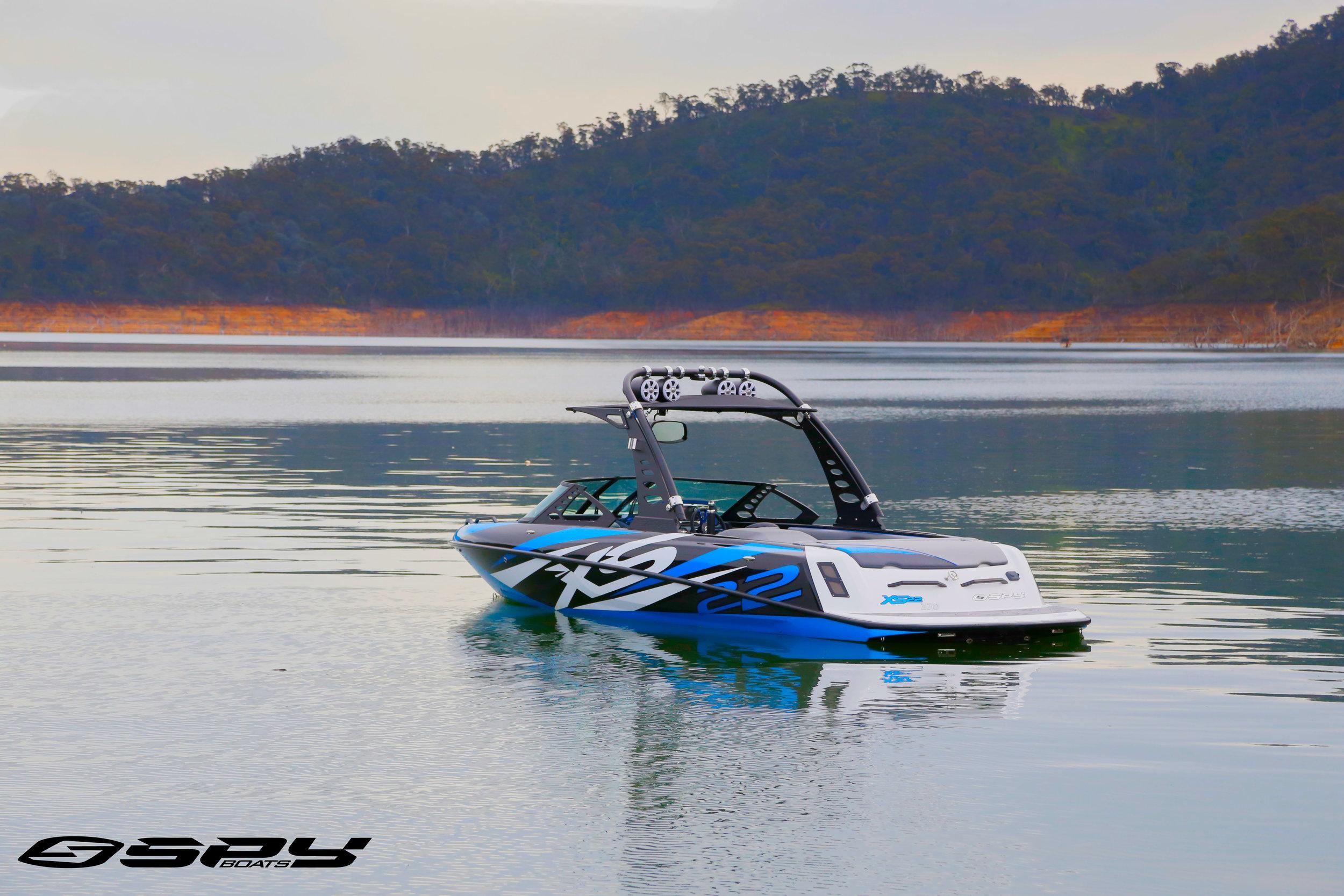 Blue white boat logo.jpg