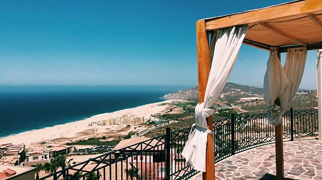 Had a nice weekend in #cabo at @pueblobonito shooting a beautiful beachfront wedding. Getting excited for my trip to Cancún next month!