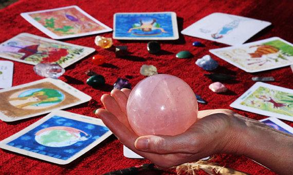 Awaken Your Divine Feminine Soul eClass