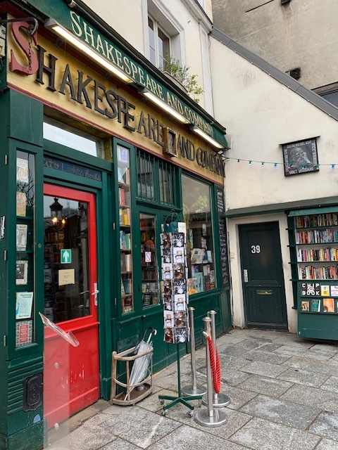 the classic english bookstore in paris