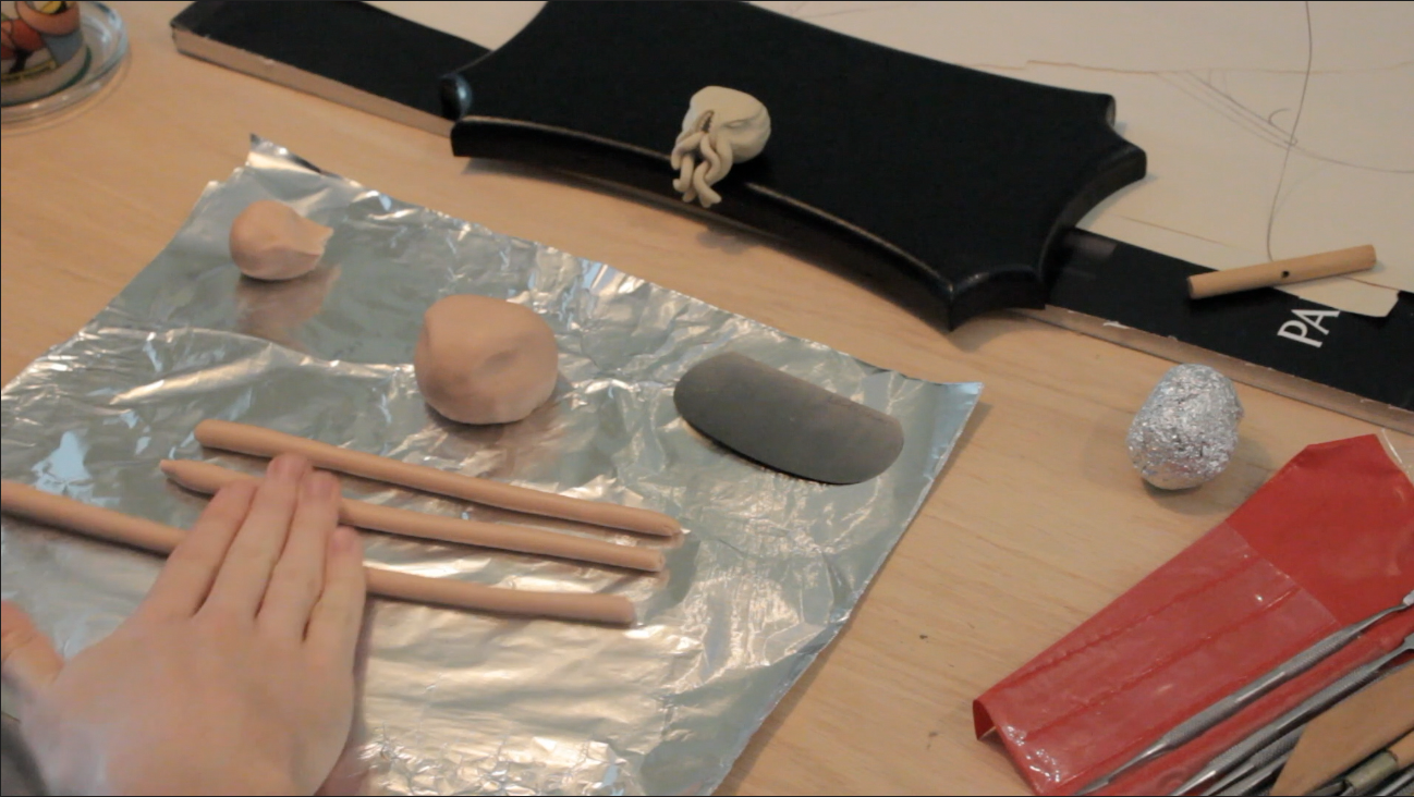 Rolling clay for the tenticles