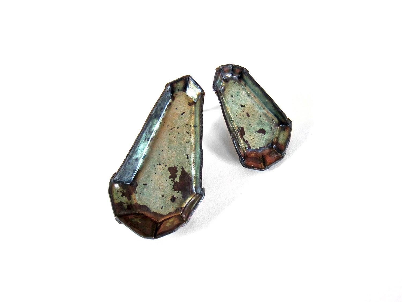 kate-mess-barnacle-earrings-asymmetric-firescale.jpg