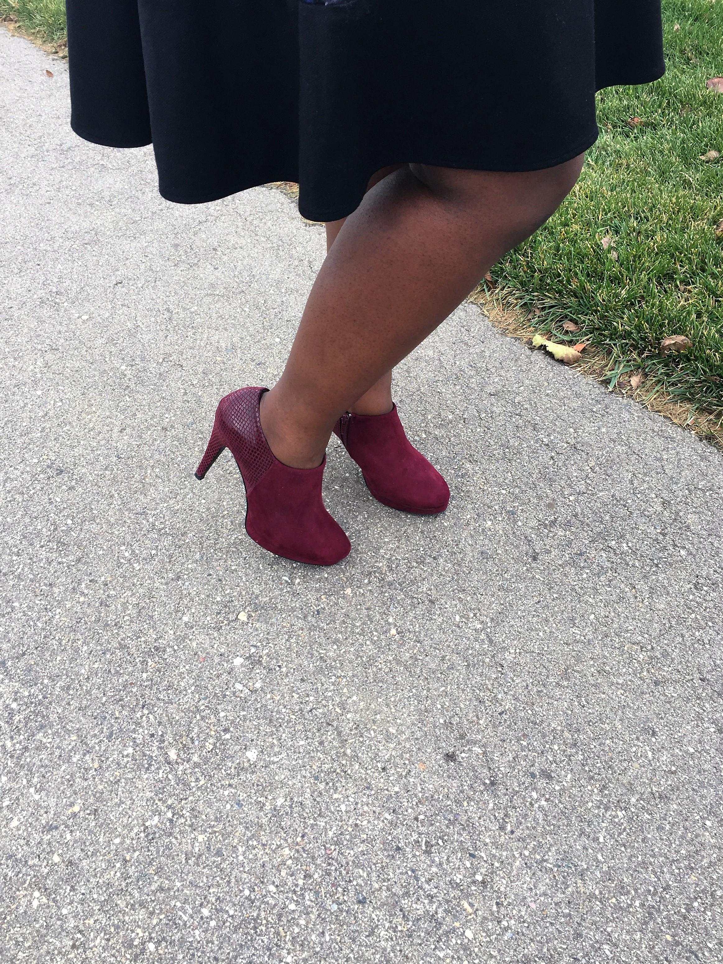 fall trends-burgundy booties-www.thebrazencloset.com