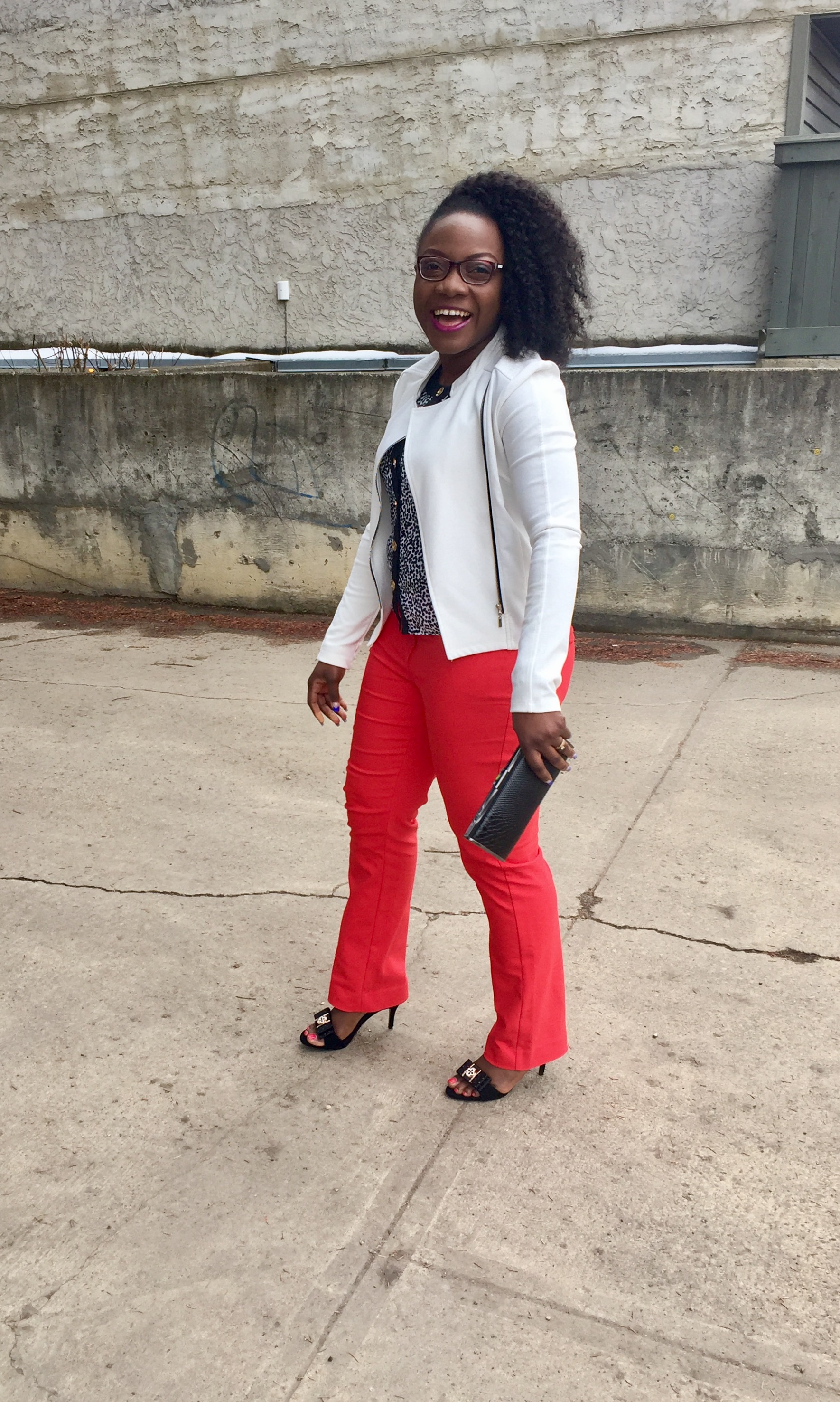 Styling Red pants