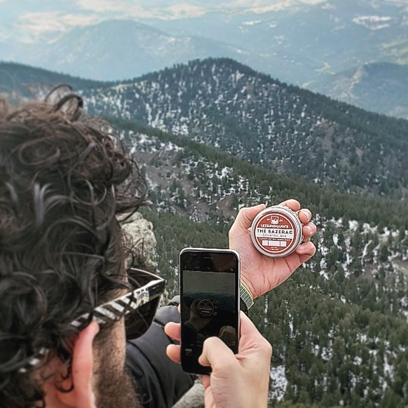 People always ask us how do we get our epic jar shots. Well the answer is fairly simple - fly somewhere - hike somewhere EPIC - take a photo - upload to instagram - smile and laugh - repeat - LOL #behindthescenes • Little know fact - all our marketing photography is taken on an @apple iphone 6s - THE BEST CAMERA IS THE ONE THAT IS IN YOUR POCKET - Thanks @caseyneistat • • • #colorado #denver #behindthescenesphotoshoot #sazerac #cocktailmixer #mountains #natureporn #mixdrink #instacocktails #outdoorgear #travelgear #mountaintop #startuplife #productphotography #branding #domore #naturephotography #flatirons #entrepreneurmindset