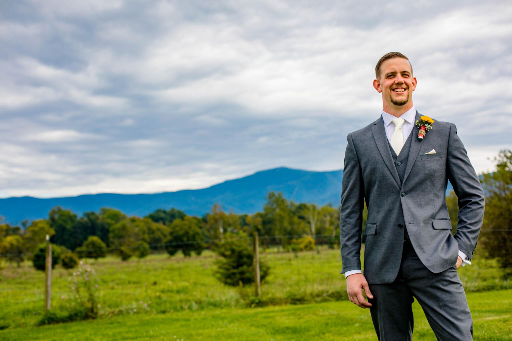 Briana Ron Stover Hall Luray VA Wedding Blueridge Mountains Shenandoah-14.jpg