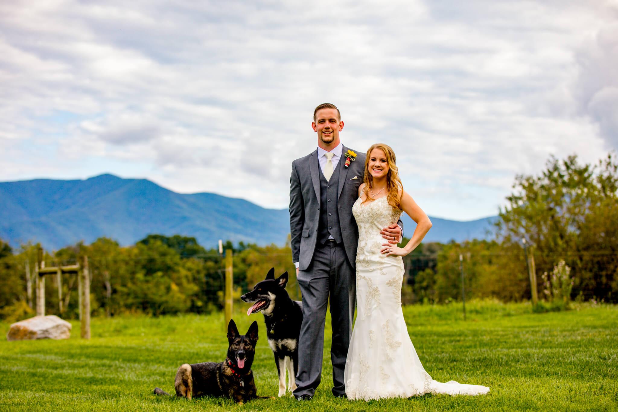 Briana Ron Stover Hall Luray VA Wedding Blueridge Mountains Shenandoah-18.jpg