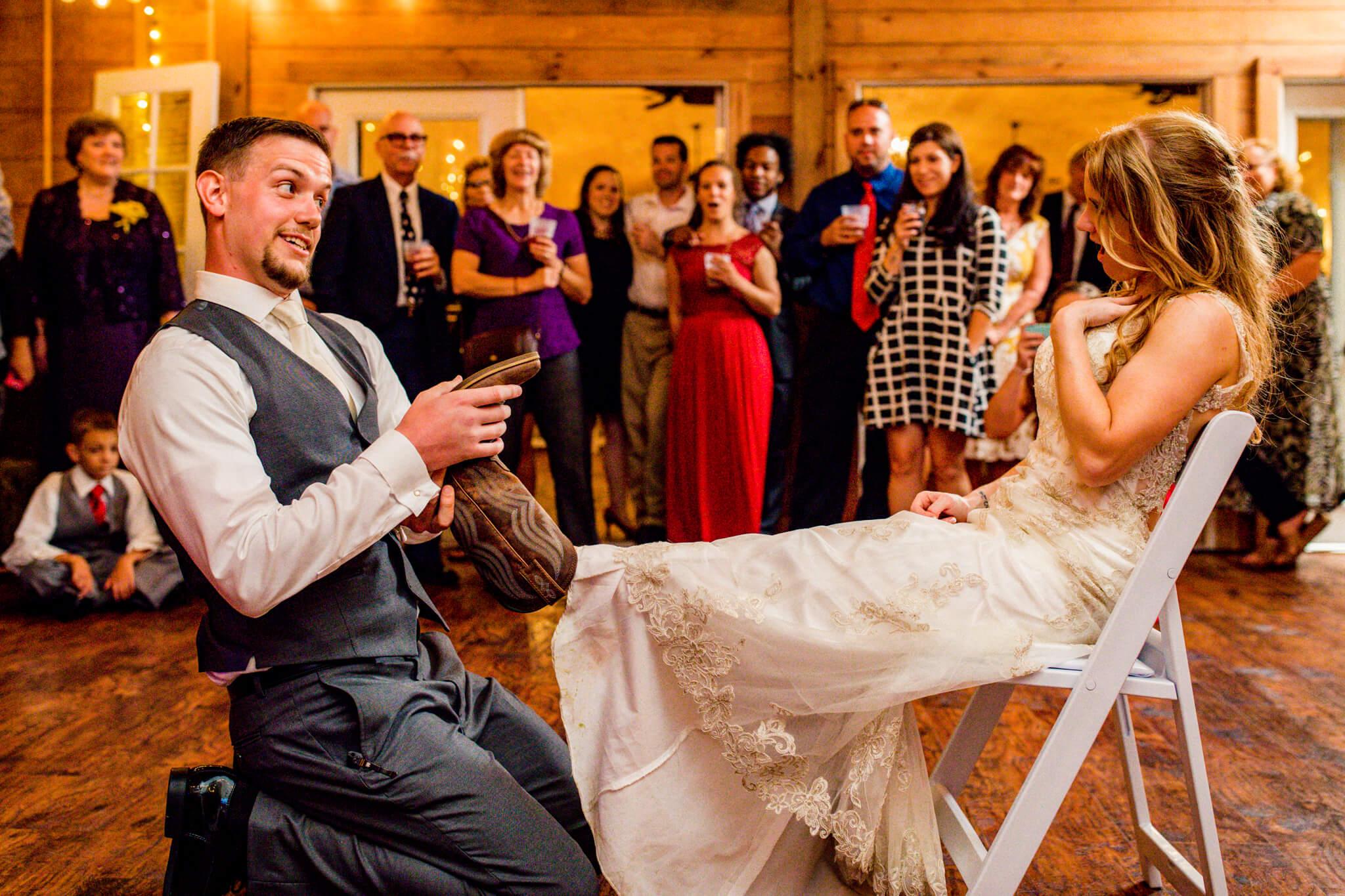 Briana Ron Stover Hall Luray VA Wedding Blueridge Mountains Shenandoah-32.jpg