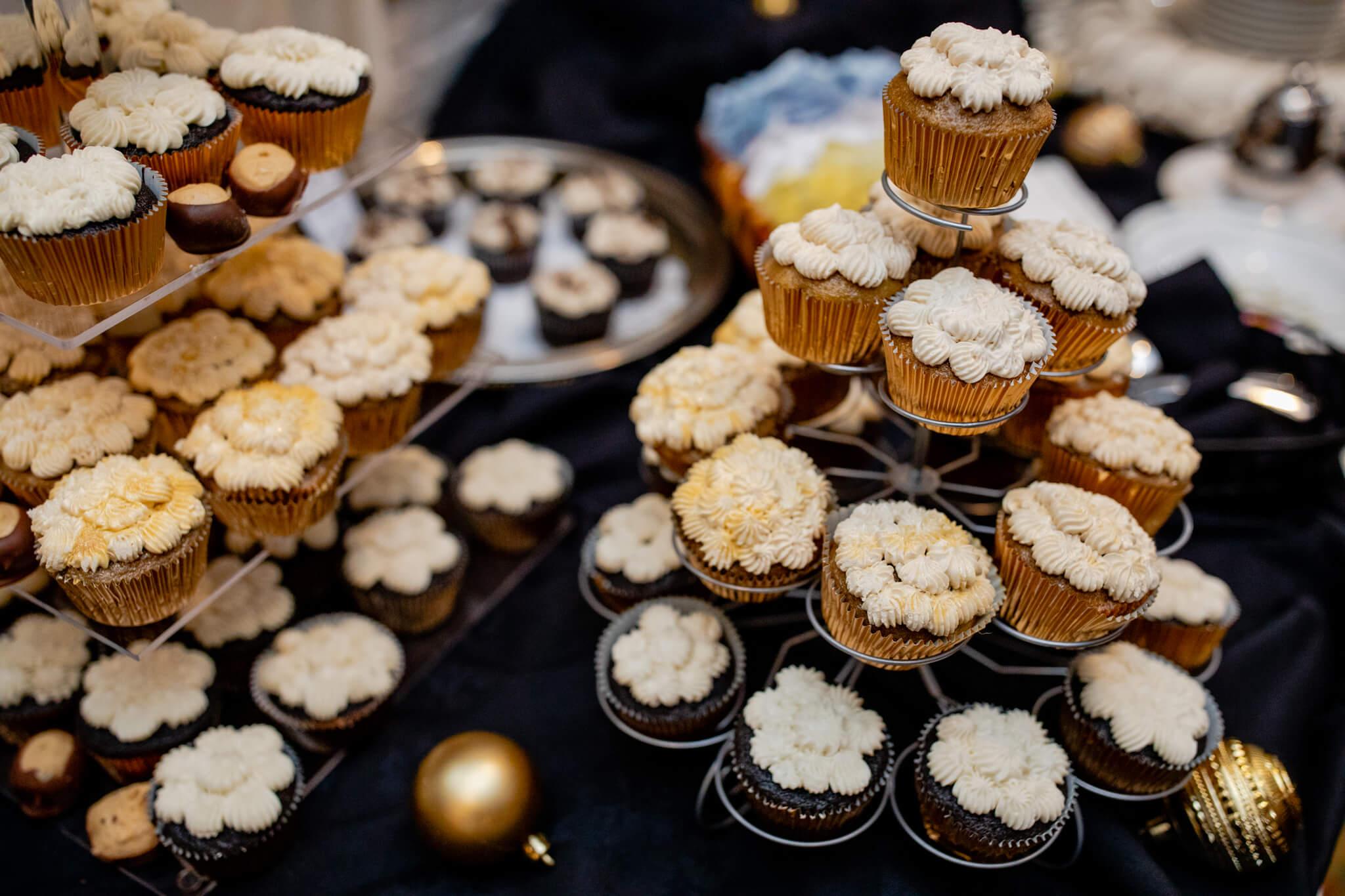 Melissa Jill New Years Eve 2017 Ceresville Mansion Confetti Celebration NYE15.jpg