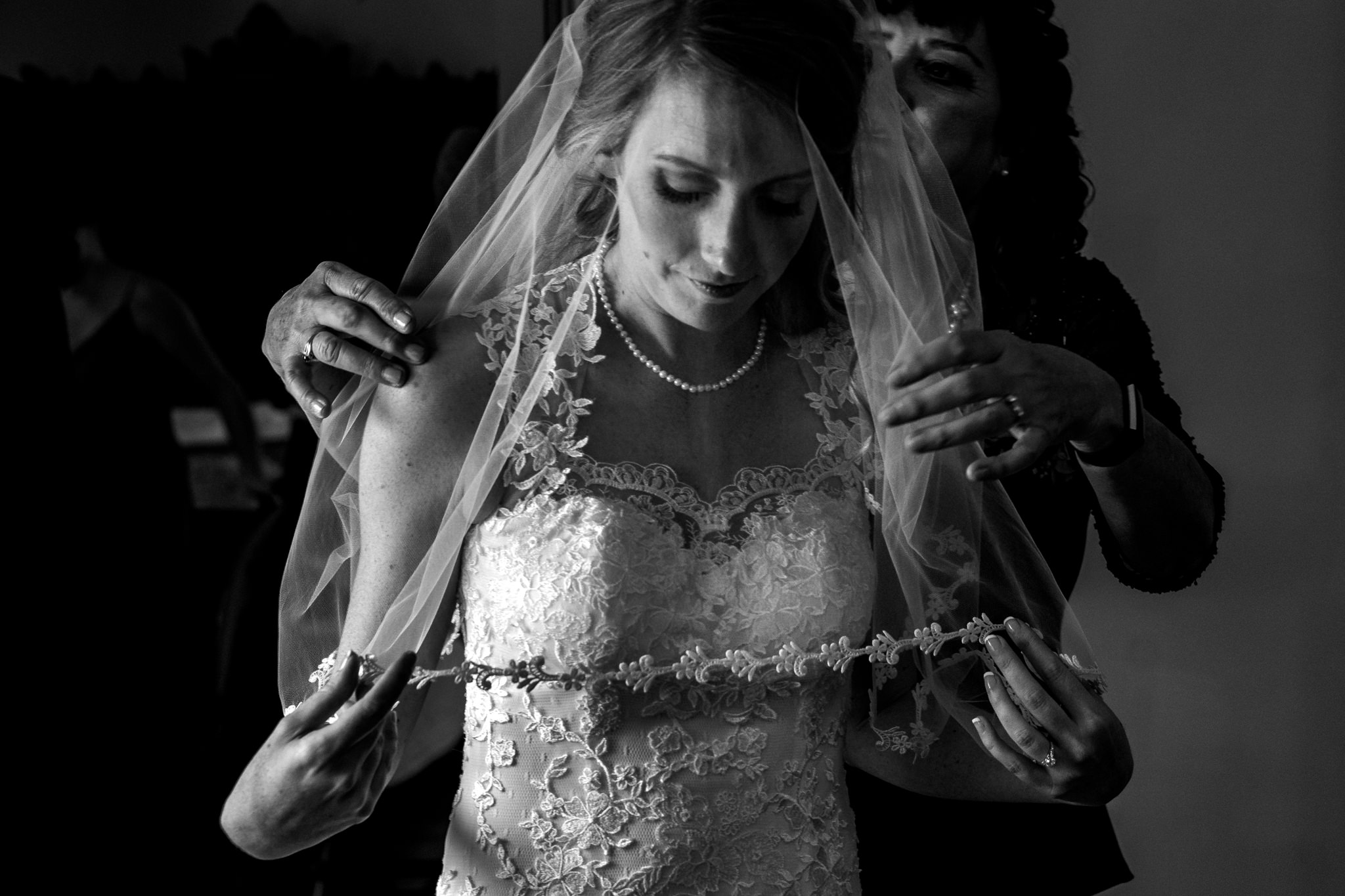 Springfield Manor Winery and Distillery Thornton MD Spring Wedding Photography by Bee Two Sweet-7.jpg
