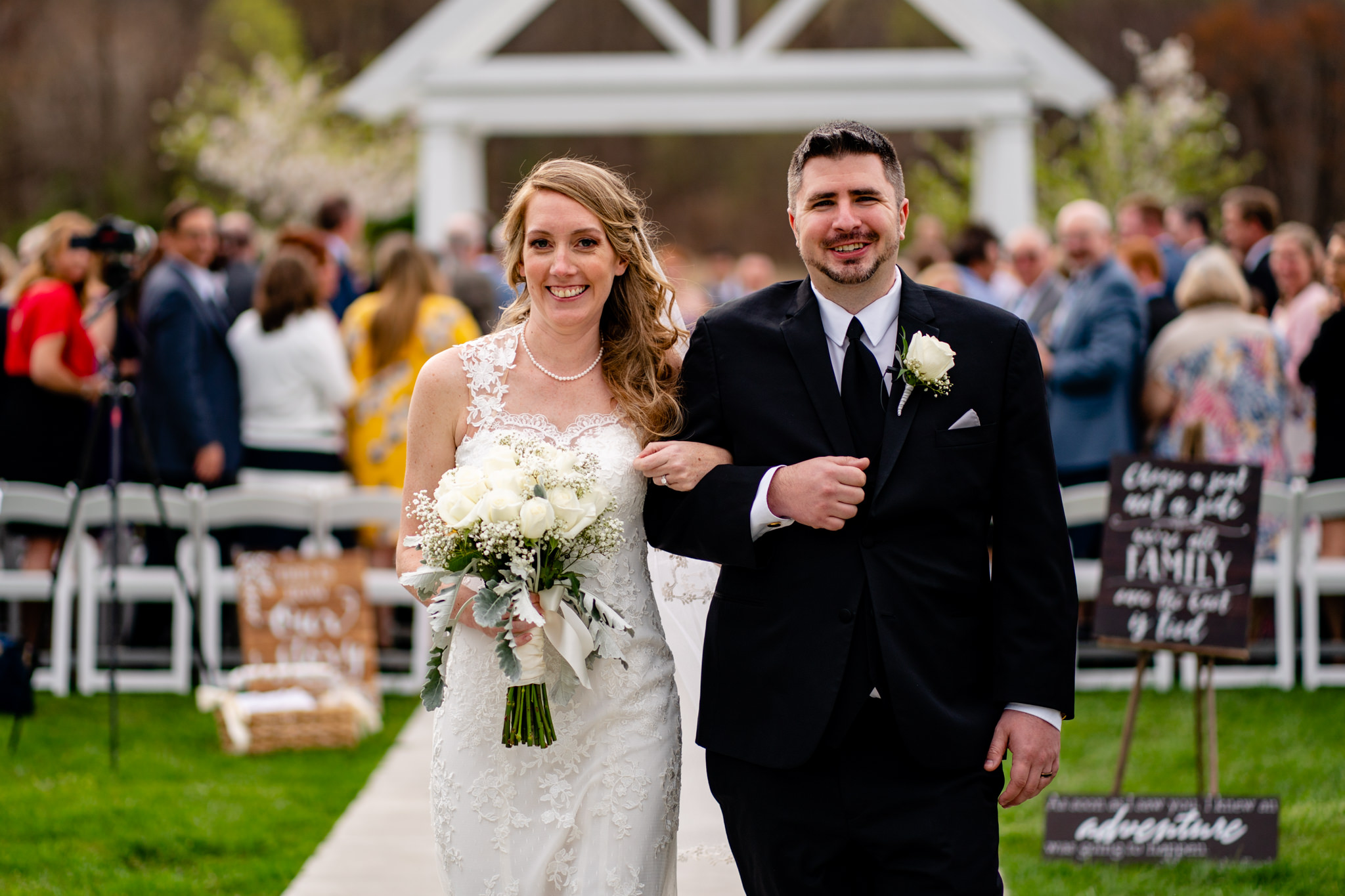 Springfield Manor Winery and Distillery Thornton MD Spring Wedding Photography by Bee Two Sweet-12.jpg
