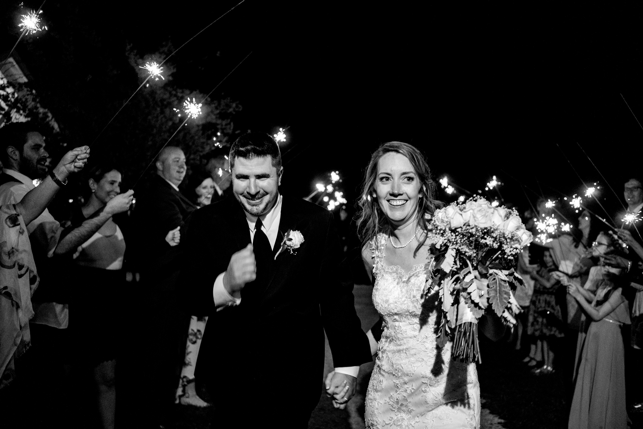 Springfield Manor Winery and Distillery Thornton MD Spring Wedding Photography by Bee Two Sweet-17.jpg