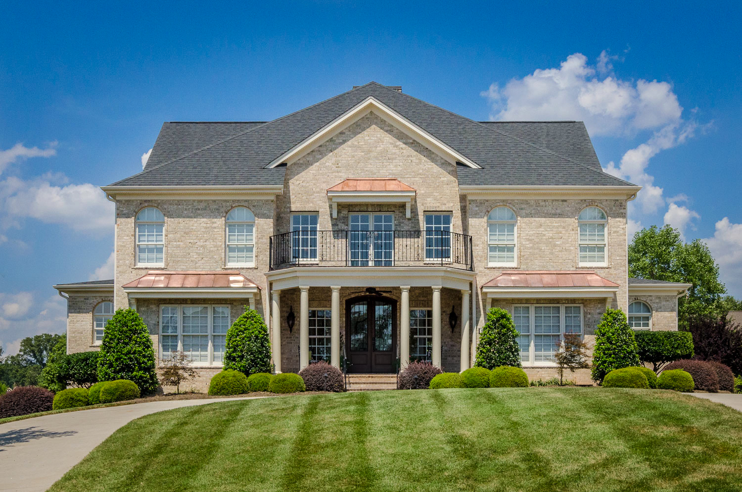 rooms of the triad real estate photography exteriors-2.jpg
