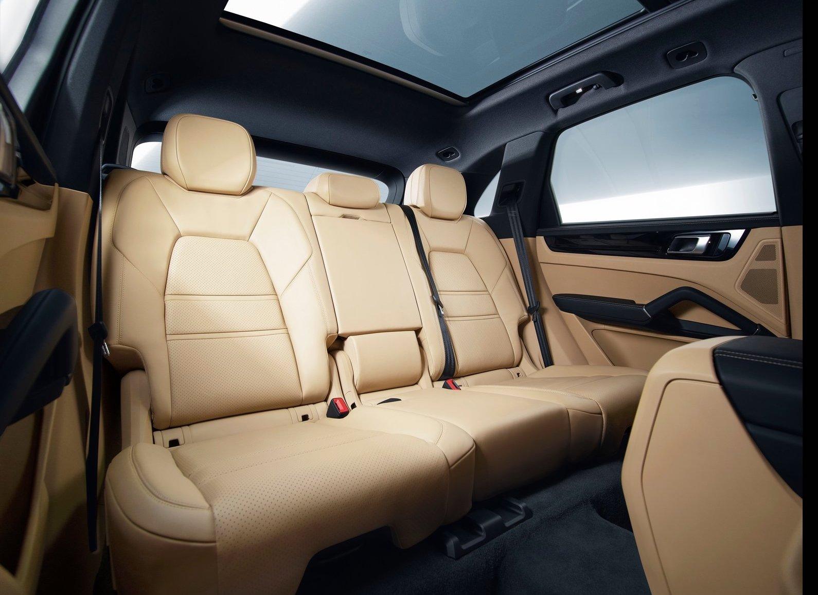 Porsche-Cayenne-2018-1600-bd.jpg