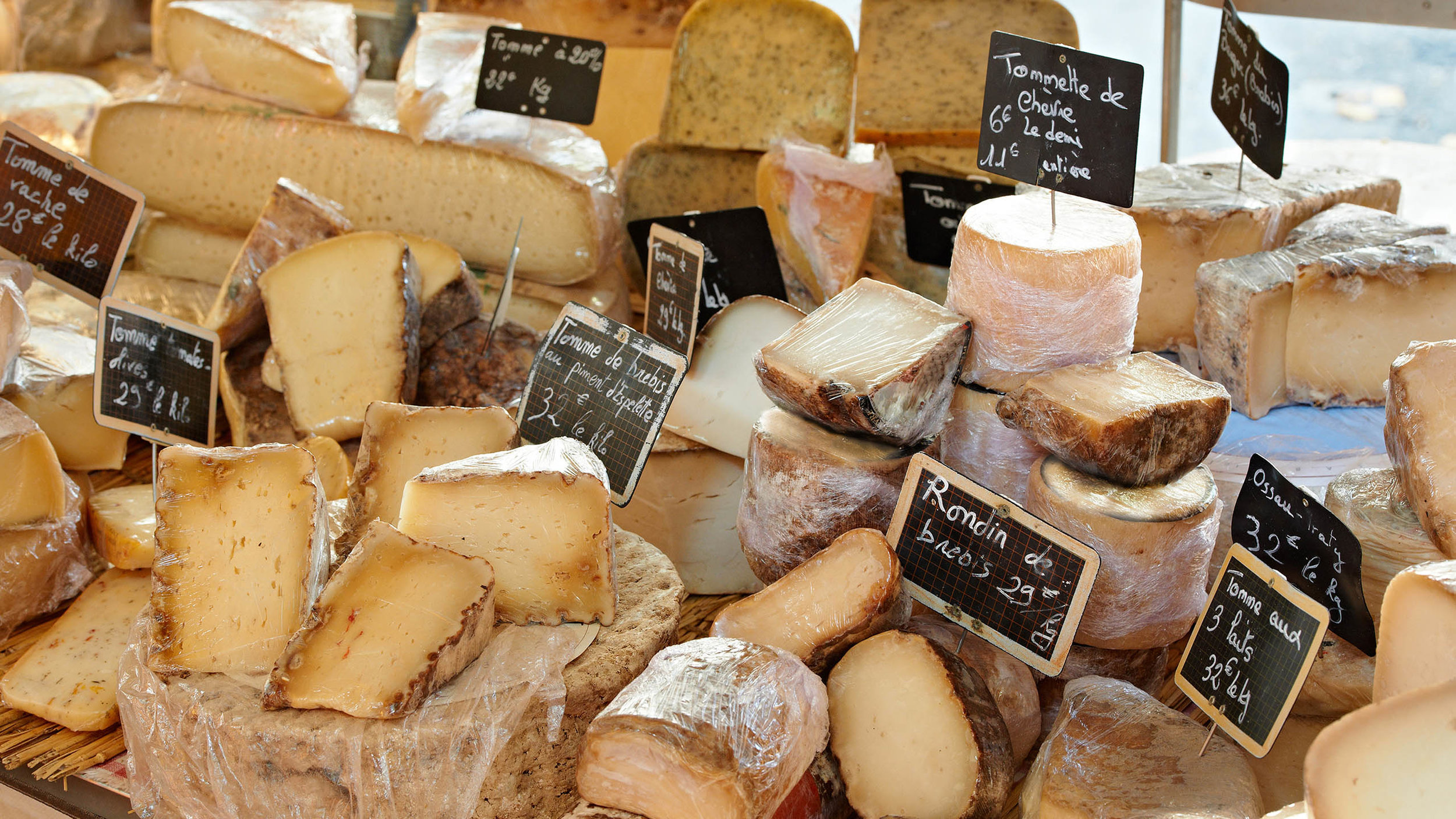 France_French-Cheeses.jpg
