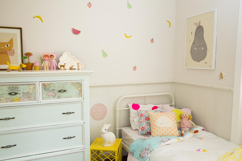 Girls Room 02.jpg