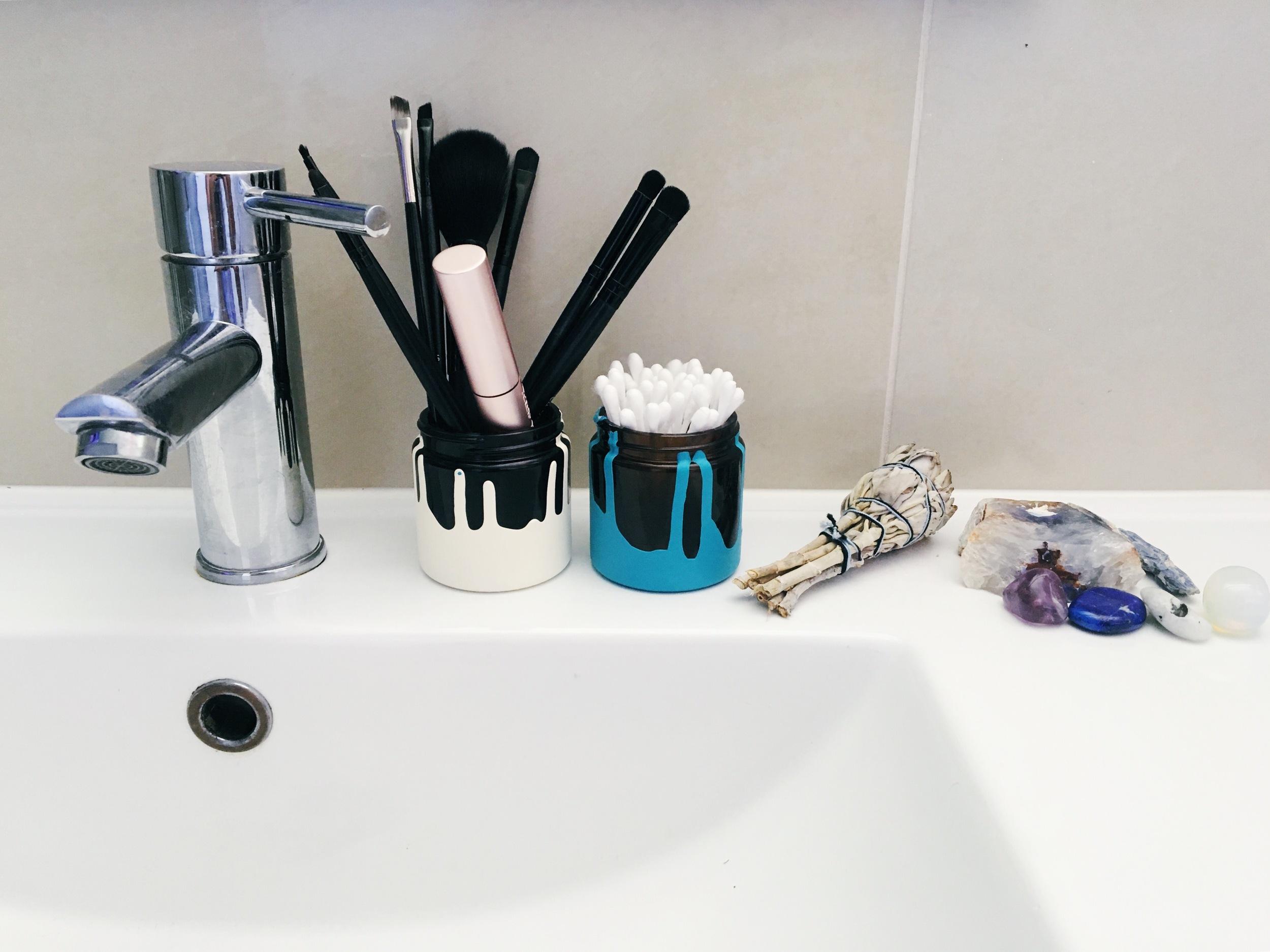 Bathroom storage recycling diy