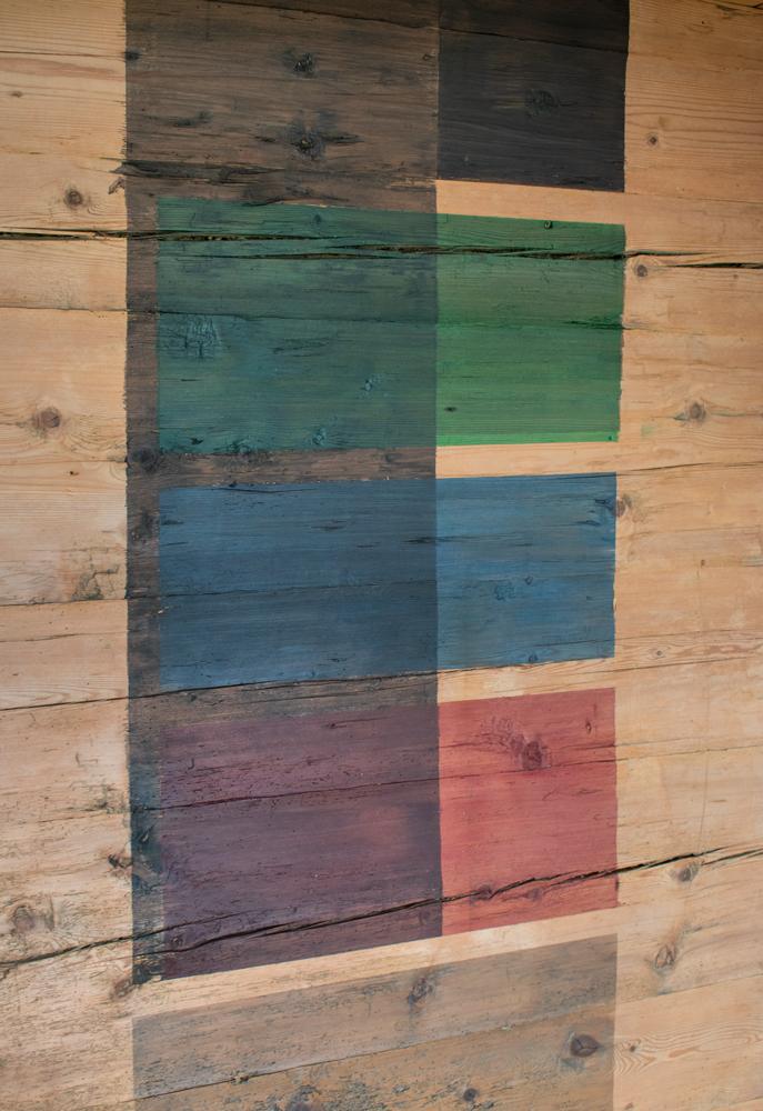 12.Juli 2019 -  Umbau Geren  - Farbtests Strickwände