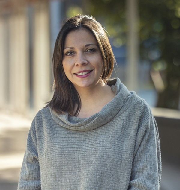 Carolina Miranda  DIRECTORA