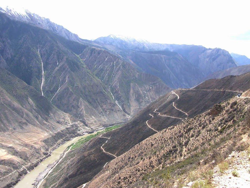 Shabye Bridge, below left