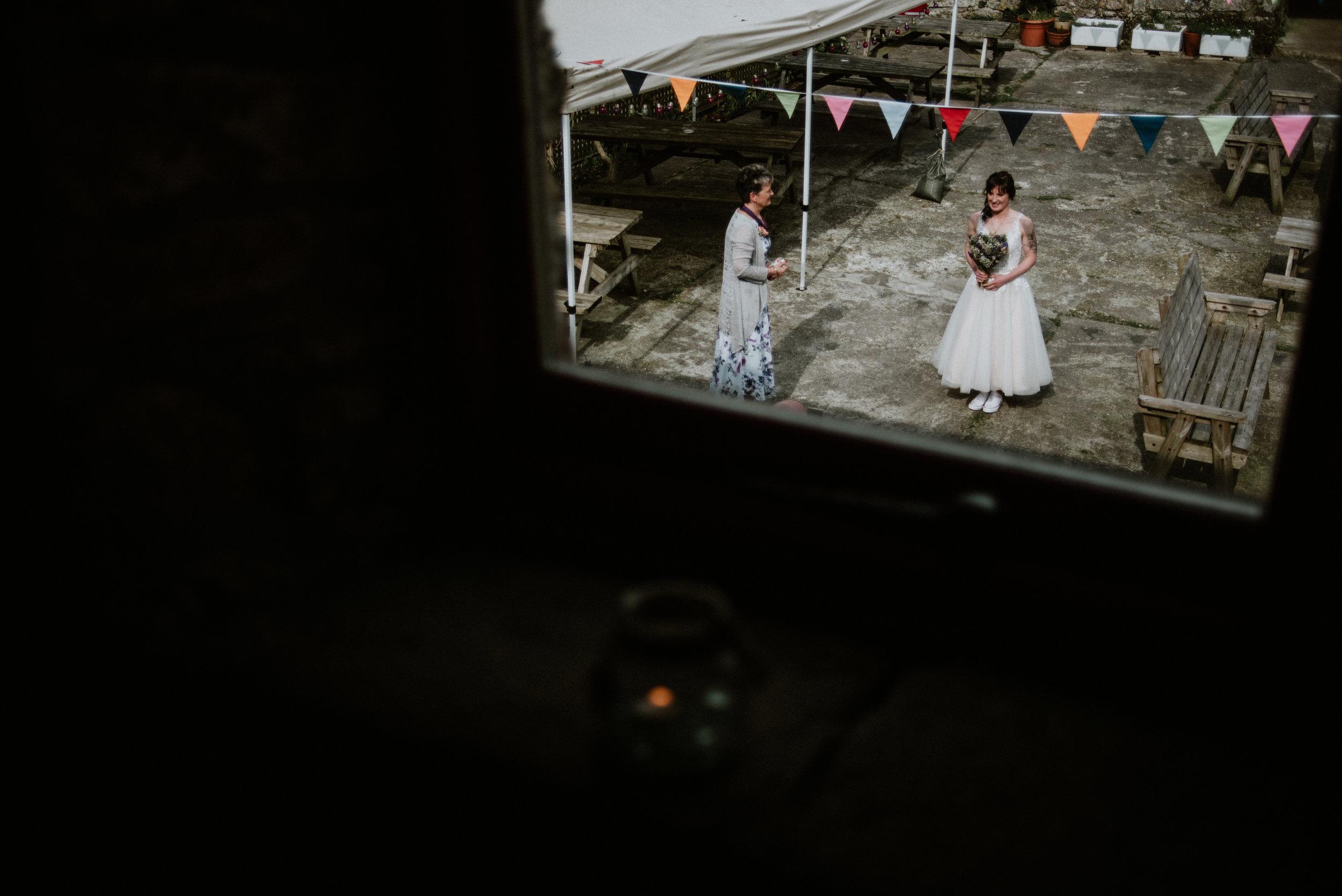 Cornwall Wedding Photographer_-14.jpg