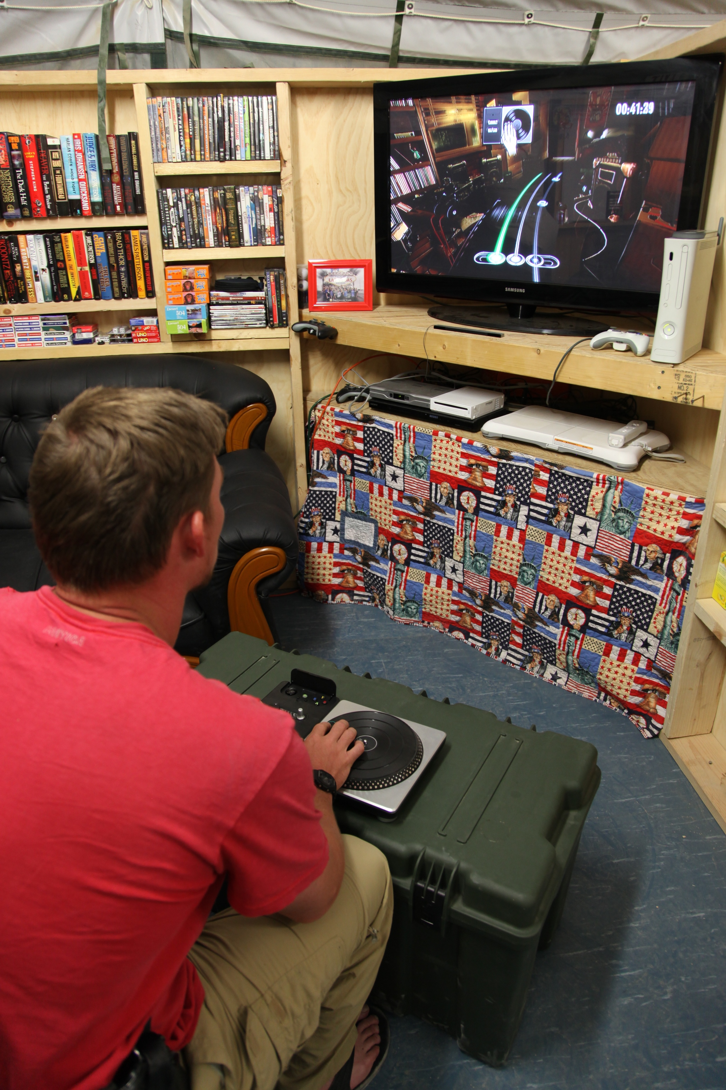 Gaming 4.jpg
