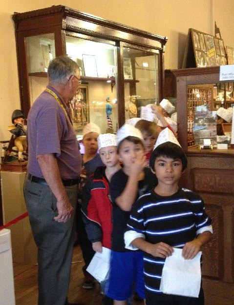 museum school tour.jpg