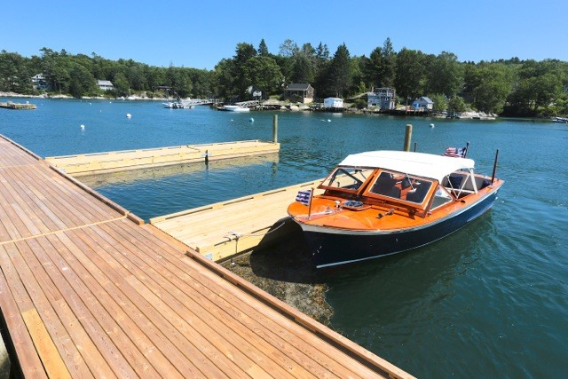 Robinson's Wharf - Docks.jpg