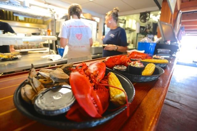 Robinson's Wharf - Lobster Dinner 2.jpg