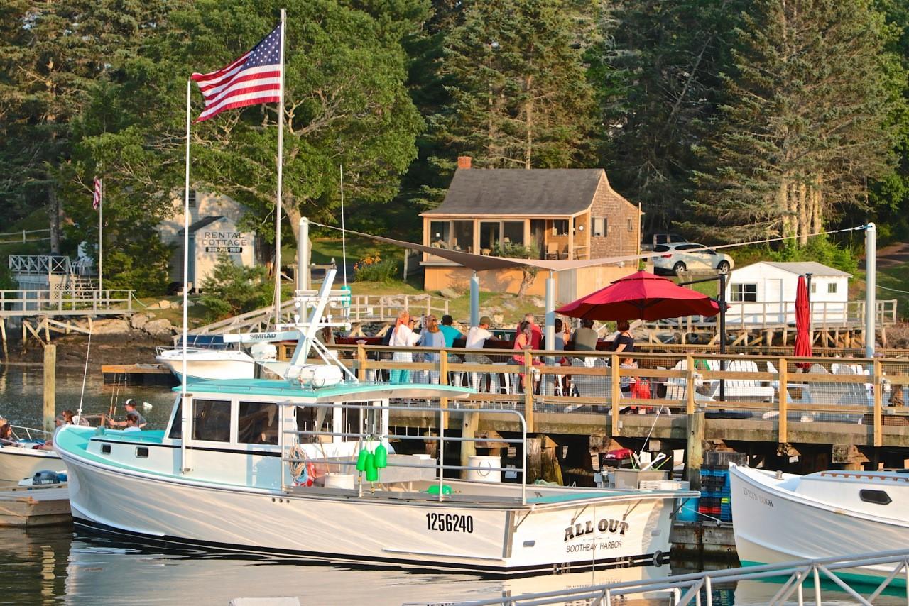 Robinson's Wharf - Bouy Bar.jpg