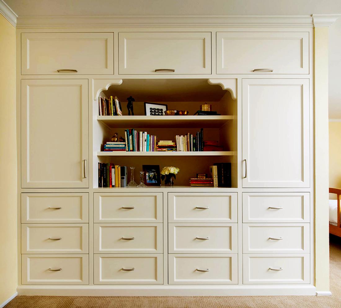 Victorian Design Wardrobe Closet