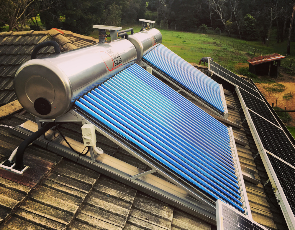 Wet Tube Solar Hot Water Close-Coupled Design installed in Wonga Park by Zenplumb.