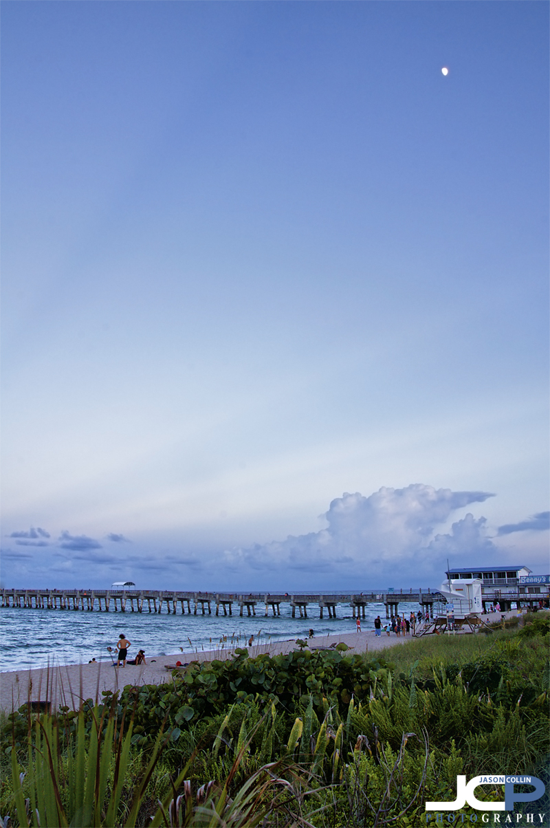 Lake Worth Pier in Lake Worth, Florida is a nostalgic look at old Florida and classic ocean piers in general - Nikon D300 with Tamron 17-50mm tripod mounted @ f/11 1/6th ISO 200