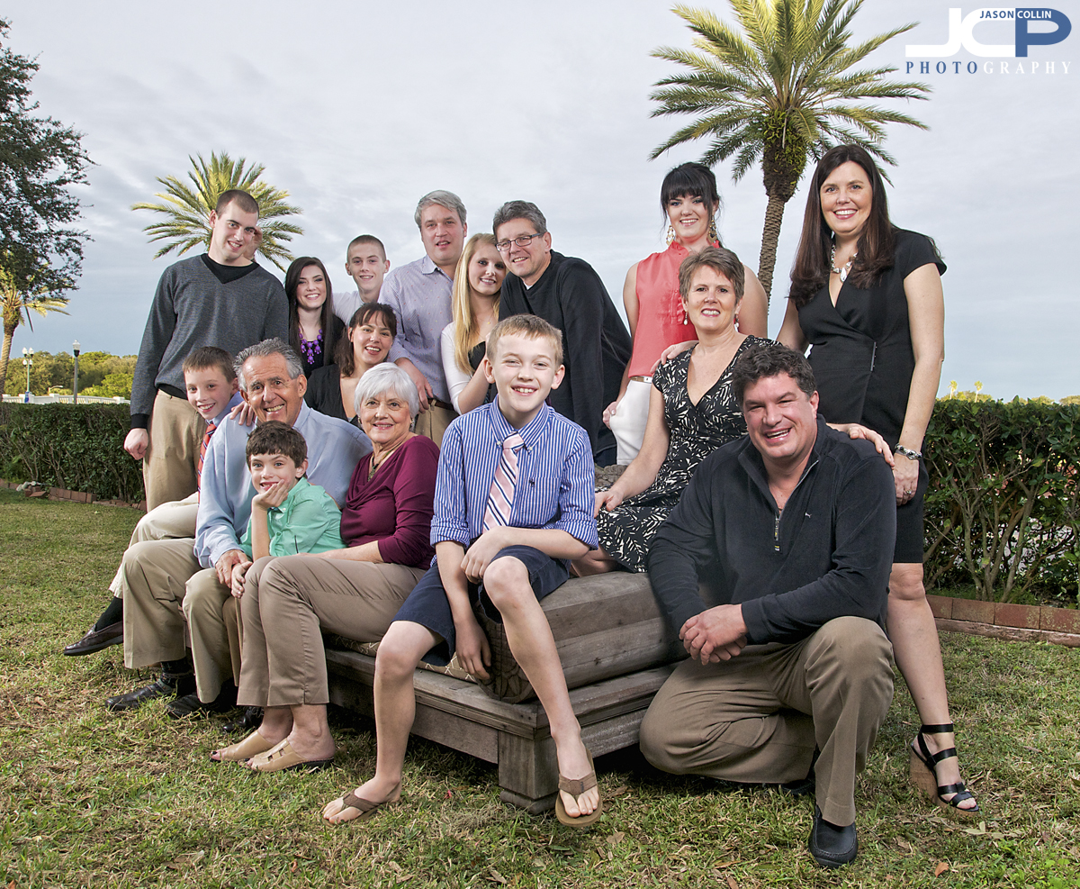 Have your extended family photographed right in your own SW Florida yard!