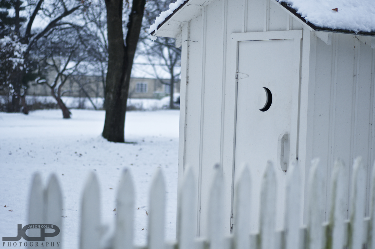 The moon door to a famous outhouse - Nikon D300 with Nikkor 50mm @ f/2 ISO 200 1/320th