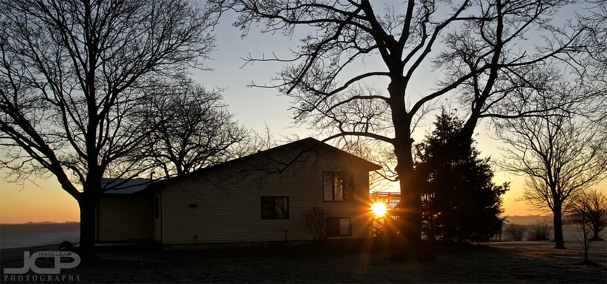 Iowa farmhouse at first sunrise of 2017 - Nikon D300 Tamron 17-50mm @ f/11 ISO 200 1/80th