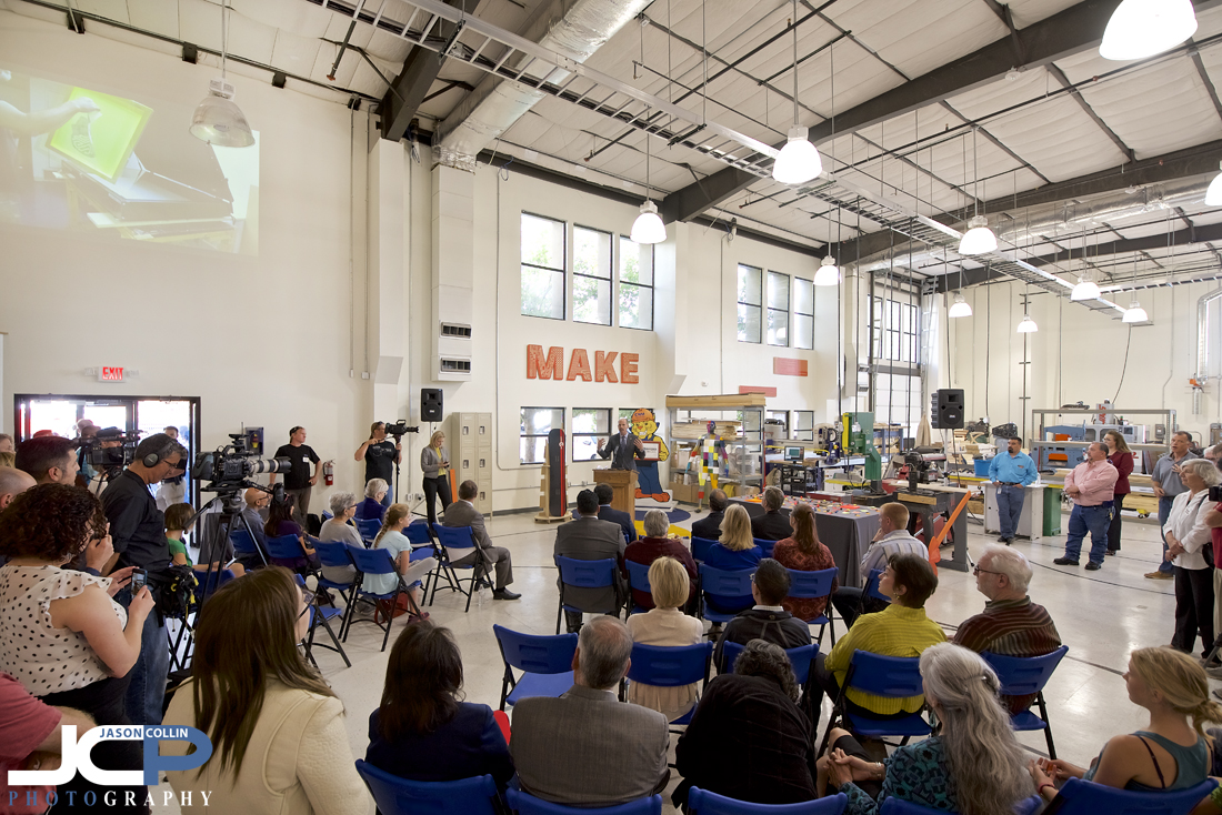 Mayor Richard Berry speaks at the grand opening of FUSE Makerspace - Nikon D750 with Tamron 15-30mm @ f/4 1/80th ISO 640